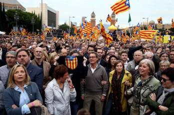 la-gran-ilusion-o-lo-que-nadie-te-cuenta-sobre-la-independencia-de-cataluna.jpg