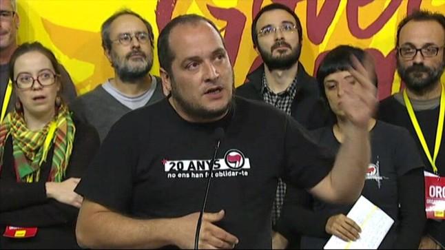 david-fernandez-durante-rueda-prensa-tras-asamblea-manresa-1448820657617