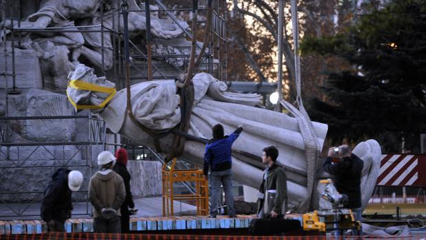 estatua-colon-kxGD--620x349@abc.jpg