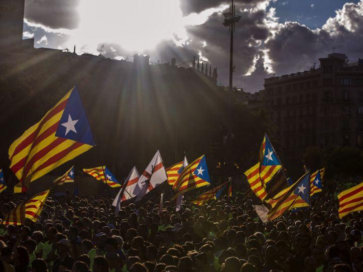 Opinion-Tribunas_de_Opinion-1-O-_Referendum_1_de_octubre-Independentismo-Cataluna-Diada_catalana-Tribunas_245989370_46303312_1706x1280.jpg