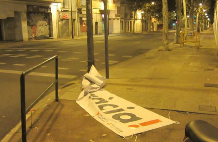 pancarta-badalona-696x454