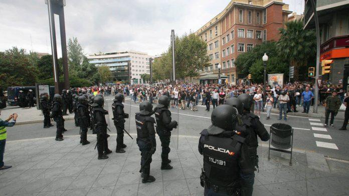 policia-2-1-696x391.jpg