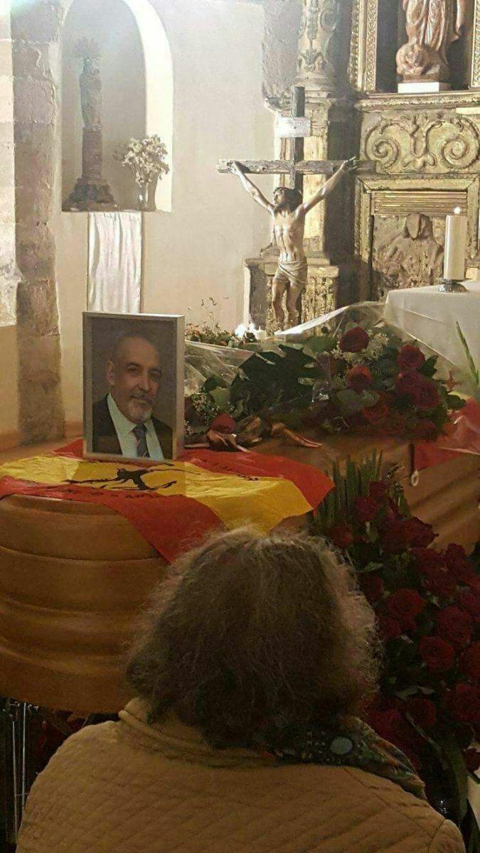 ¡EXCLUSIVA! Foto de la capilla ardiente de Víctor Láinez