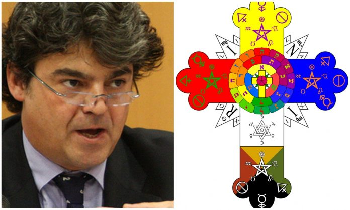 Jorge-Moragas-y-el-símbolo-de-Rosacruz-696x418.jpg