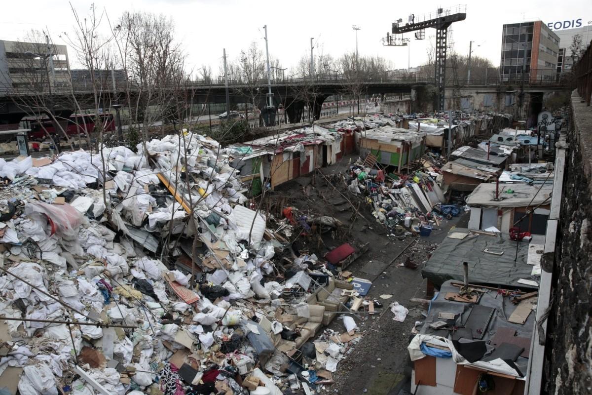 París: Maquinistas se niegan a parar en ciertas estaciones de metro por los ataques de inmigrantes