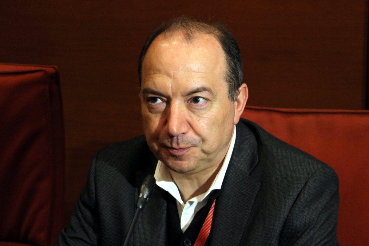 """La frase: """"me he planteado dejarlo, si no hay dinero"""" (Sanchis, director de TV3)"""