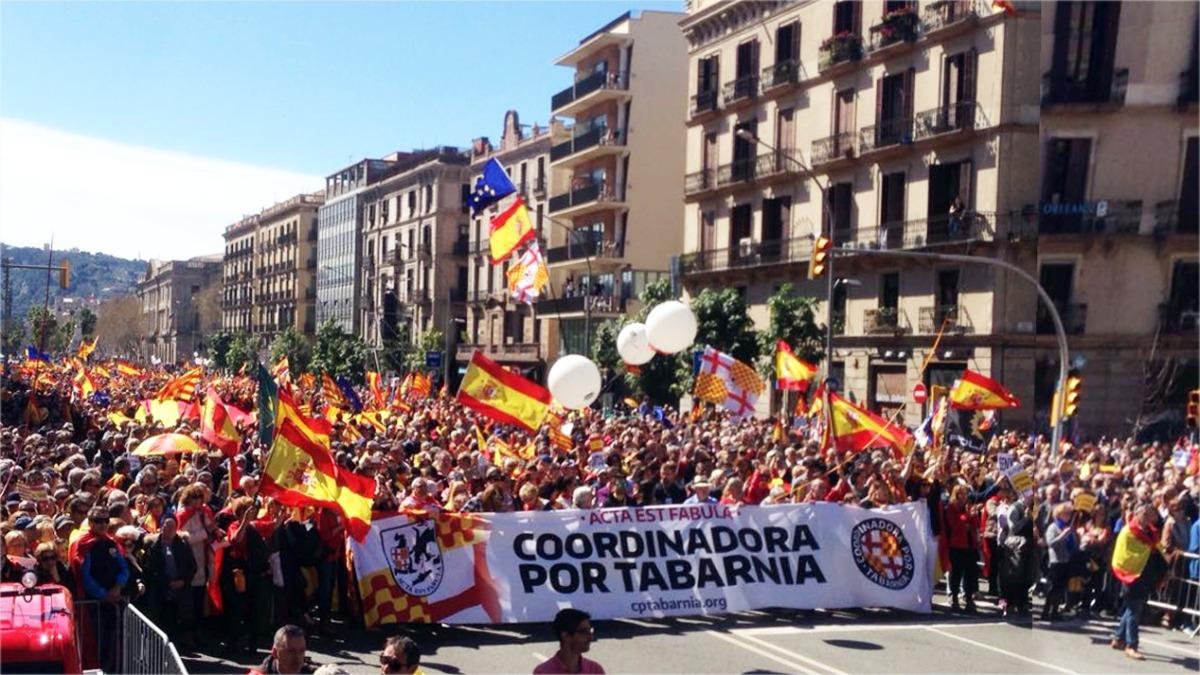 La Coordinadora de Tabarnia salvó la manifestación del 18-M y obliga a reflexionar sobre el asociacionismo