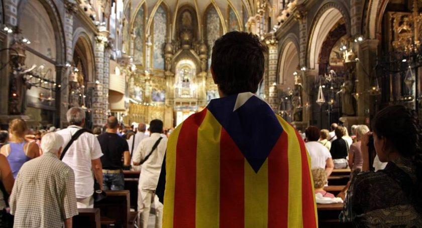 380-parrocos-catalanes-exigen-votar-el-1-o-el-evangelio-defiende-este-referendum-996x540.jpg
