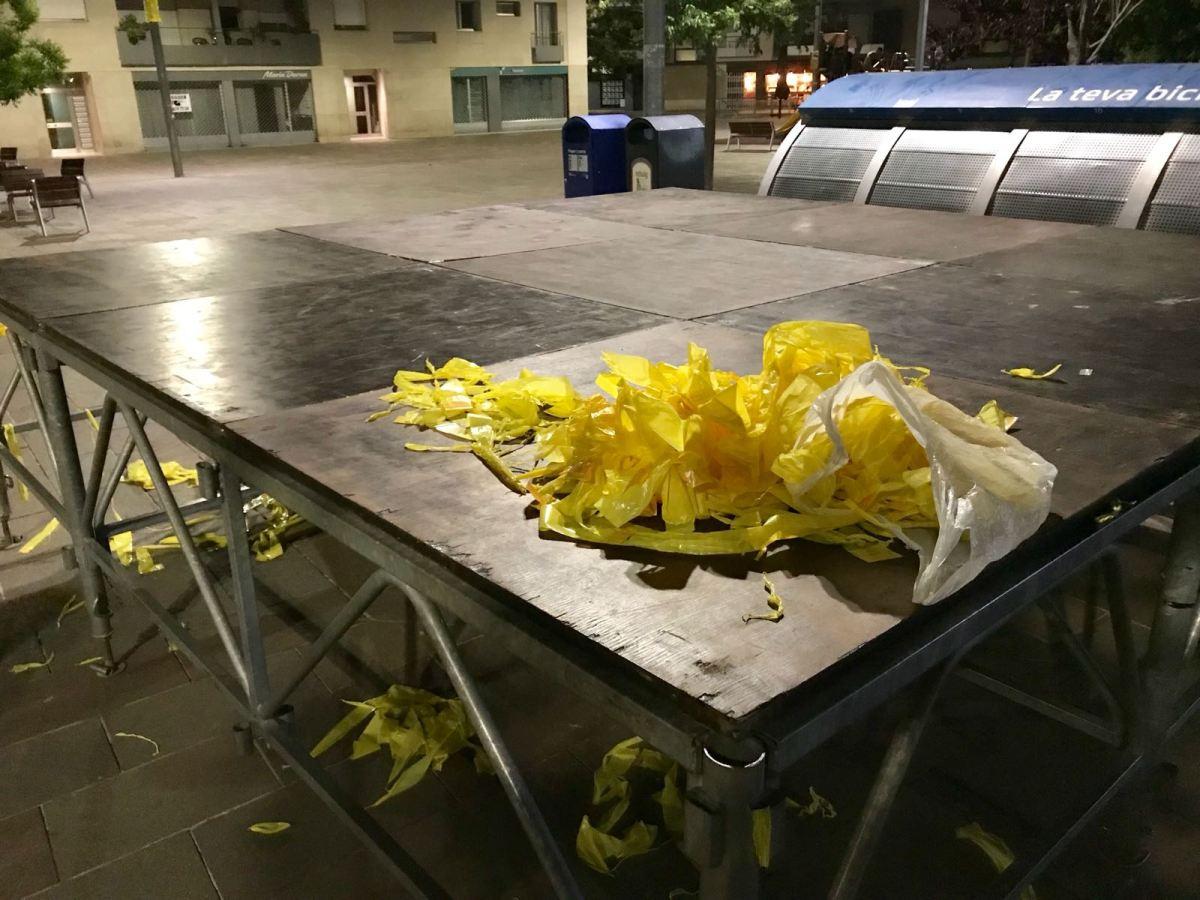 """Limpieza de Sant Cugat, una noche """"aprovechá"""" (Galería fotos)"""