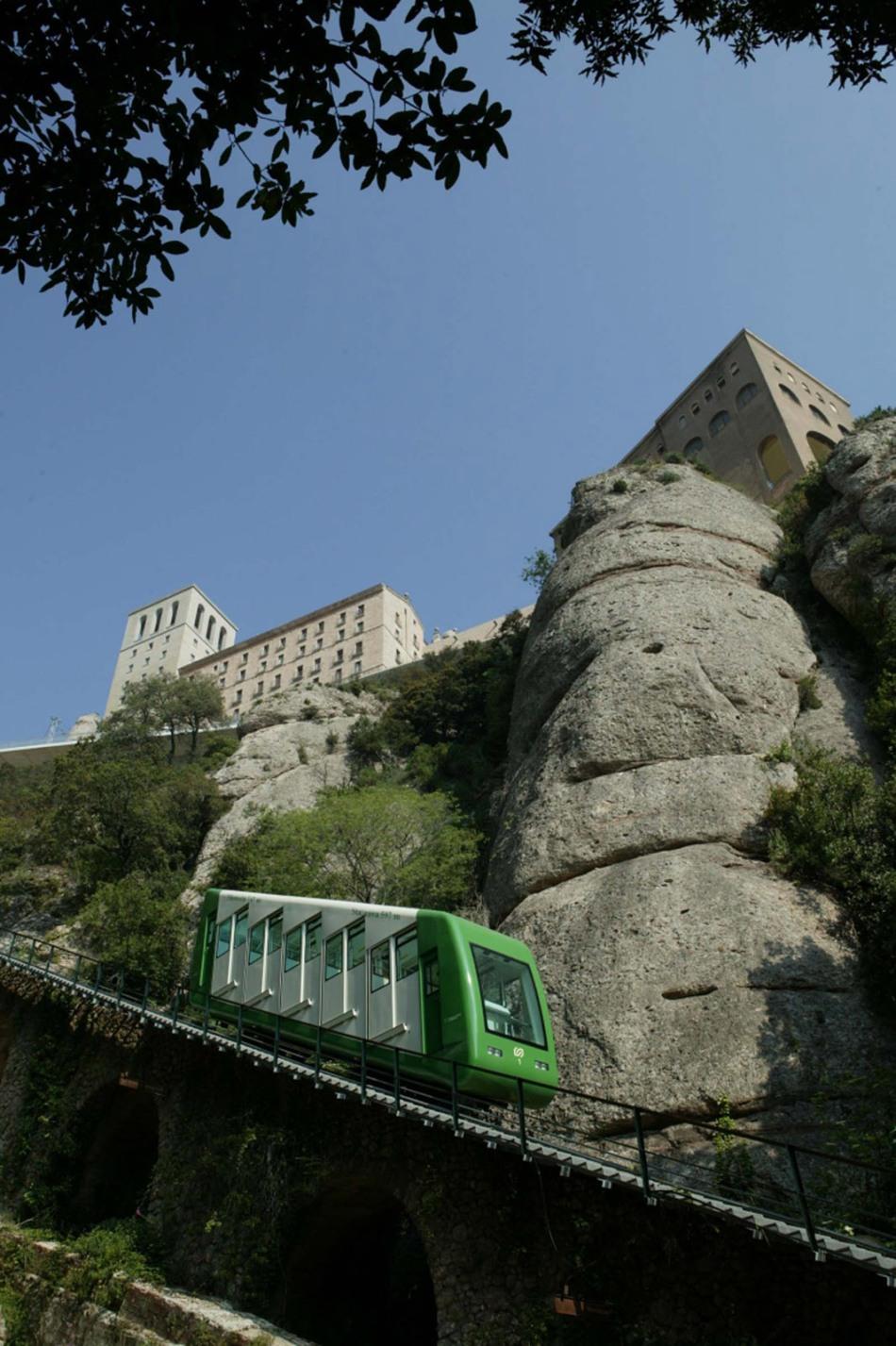 big-3-funiculars-montserrat-2-funicular-santa-cova-1-galeria-funicular-santa-cova-2-galeria-funicular-santa-cova.jpg