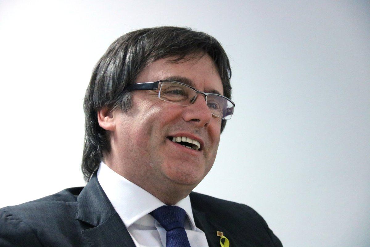 Puigdemont partió Cataluña, y ahora quiere dinamitar el PDeCAT