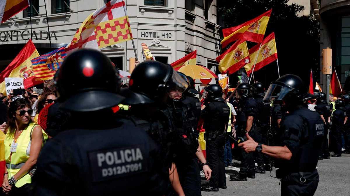 Querella de Hablamos Español por los sucesos de la manifestación de Barcelona