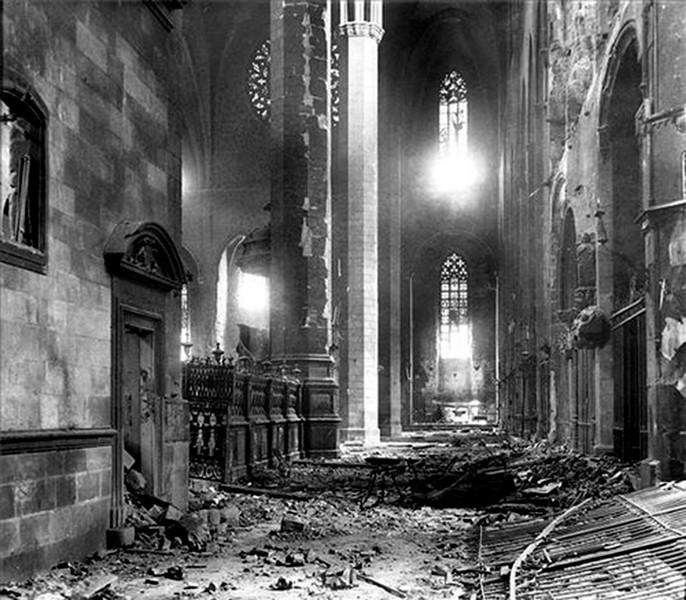 iglesia-santa-maricc81a-del-mar-de-barcelona-destruida-por-los-rojos