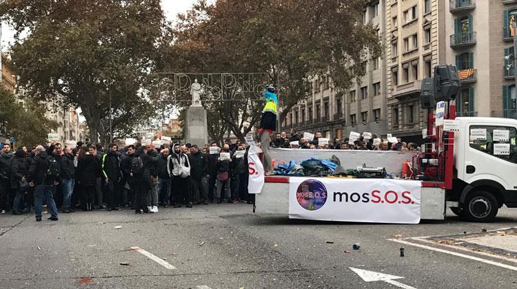 75029-mossos1