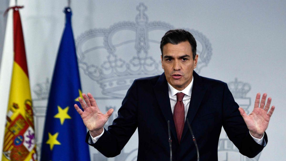 OTRA TRAICIÓN: Pedro Sánchez recorta un 30% la presencia del Estado en Cataluña