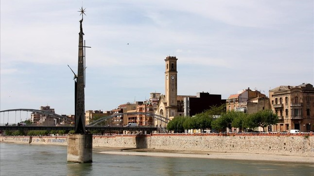 tortosa-monumento-franquista-1453144017426.jpg