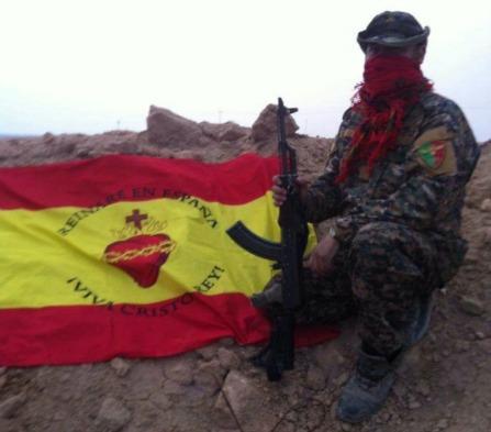 simon_monfort_bandera