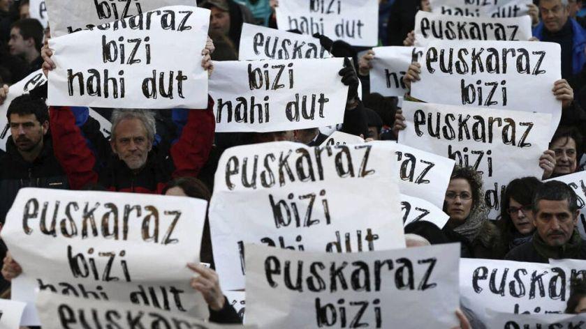 Euskera-PSE-PNV-Pais_Vasco-Politica_445717876_138401485_1024x576.jpg