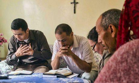 Cristianos-marroquies-denuncian-presiones-autoridades_2105799457_13334261_1707x1024