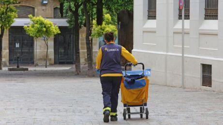 trabajadora-correos